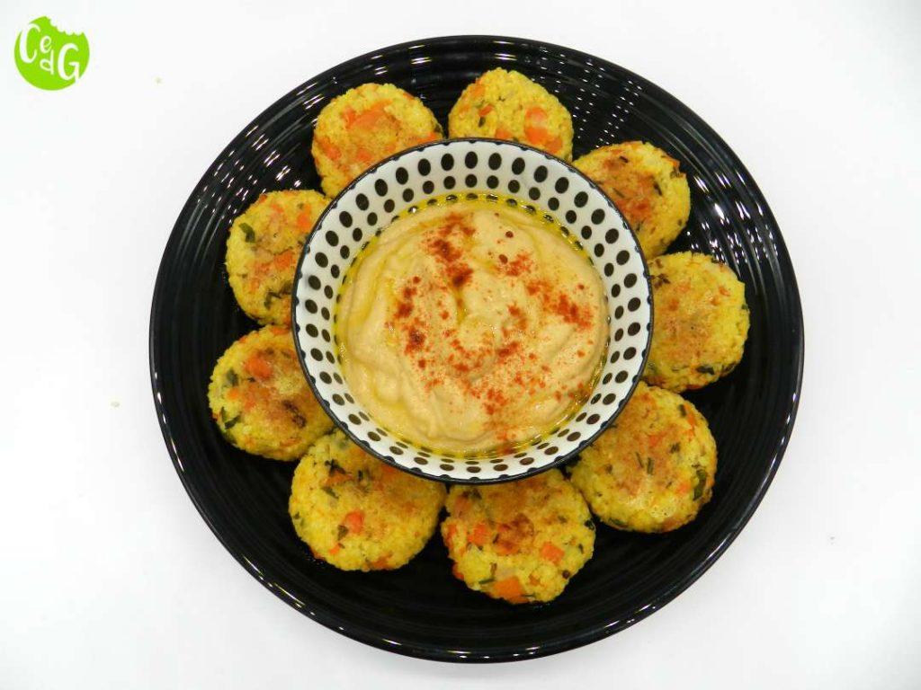medallones de mijo con hummus