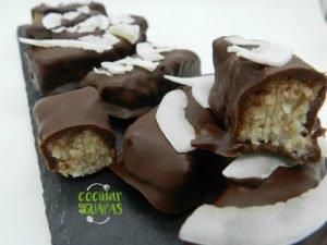 barritas de coco y chocolate